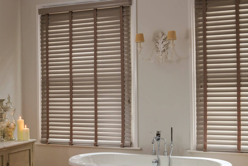 Wood blinds in a bathroom